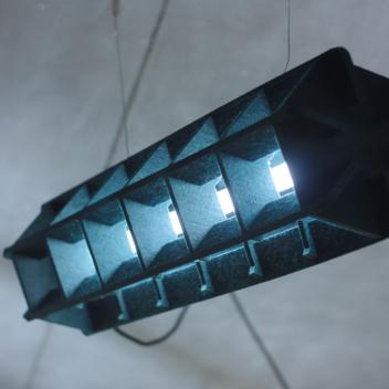 Vilten lamp beton plafond